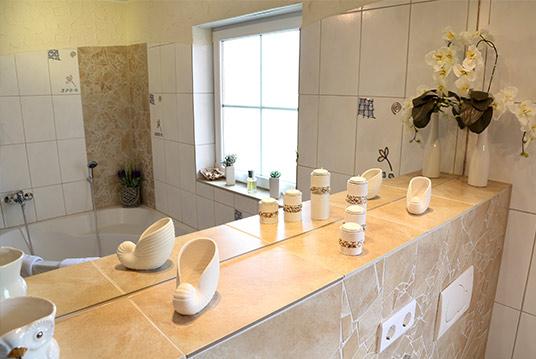 Das Badezimmer Der Ferienwohnung EifelMediterran - Badezimmer mediterran