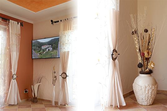 Bild Wohnzimmer 4 Ferienwohnung Eifel Mediterran Schalkenmehren