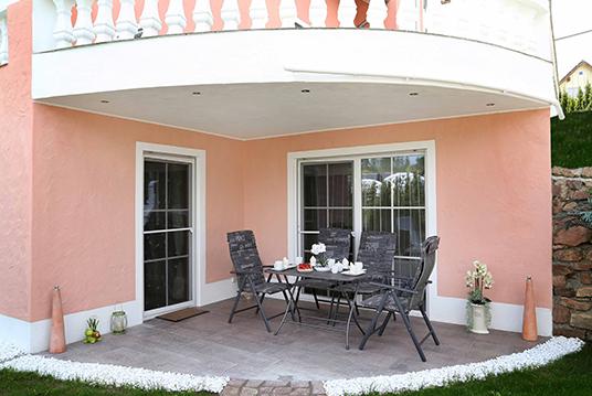 Bild 2 Terrasse